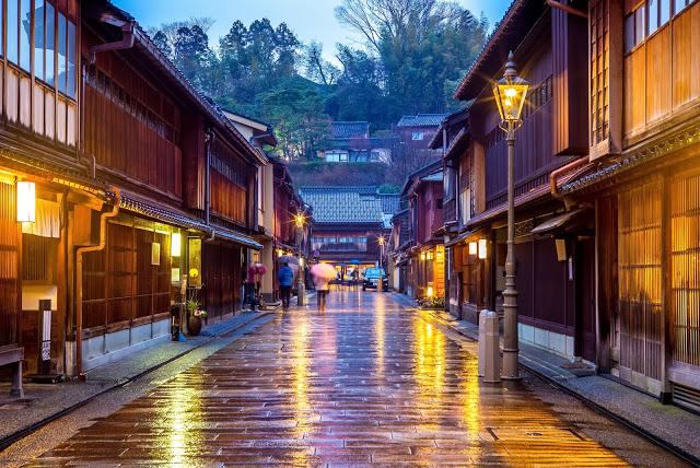 Photo of 金澤景點推薦、市區交通總整理–金澤兼六園、21世紀美術館、還有….