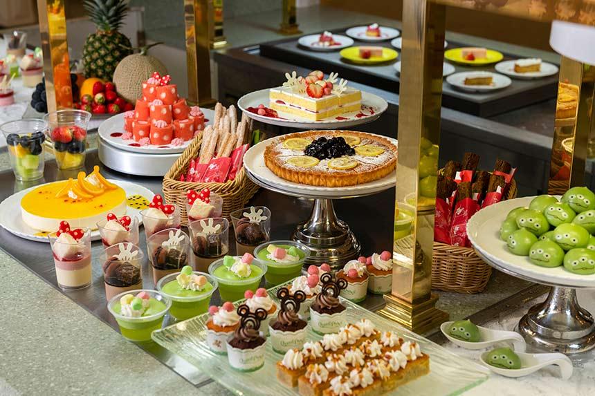 Photo of 迪士尼甜點吃到飽?!迪士尼迷必訪「水晶宮餐廳」–終於能大吃三眼怪麻糬囉~~
