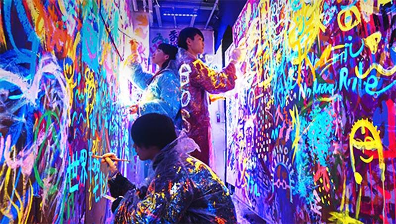 Photo of 到東京娛樂設施「REEAST ROOM」亂塗鴉、到處破壞…一起抒發壓力吧!